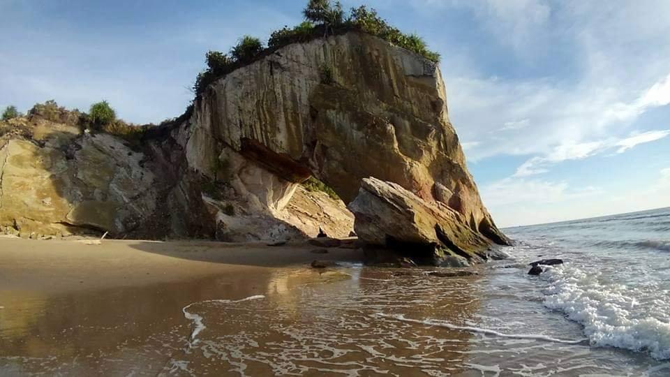 Pantai Tusan